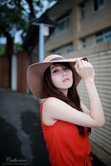 signed.nEO_IMG_IMG_1883 (Timer_Ho) Tags: portrait cute girl beauty canon pretty sweet catherine lovely image01  eos5dmarkii