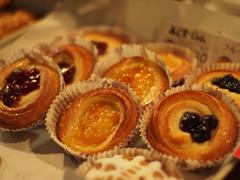 (Ogu-Mikawaya bakery) (Paul_ (shin.ogata)) Tags: f14 voigtlaender pastry 40mm ep1     kotori ogu  mikawaya kotoriena