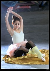 nEO_IMG_IMG_4664 (c0466art) Tags: school light portrait ballet art girl canon pose dance student model eyes pretty action taiwan indoor attractive 5d lovely charming elegant c0466art