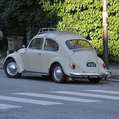 old vw beatle (Mika Lehtinen) Tags: old car vw volkswagen beatle 17juli2016