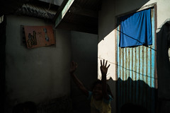 * (Sakulchai Sikitikul) Tags: street snap streetphotography songkhla sony voigtlander thailand a7s silhouette 28mm