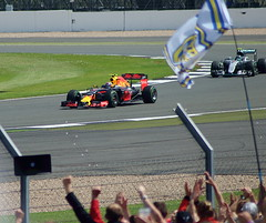 Verstappen takes Rosberg (6079 Jones,P) Tags: formula one f1 british grand prix silverstone car racing auto motorsport max verstappen nico rosberg mercedes amg w07 hybrid red bull rb12 stowe corner