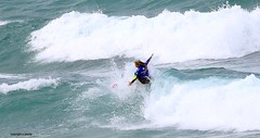 surfing J78A0512 (M0JRA) Tags: newquay boats sea rnli life surfing waves boards
