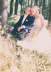 vintage (eva_wurzer) Tags: afterwedding braut vintage brutigam liebe hochzeit natur outdoor nikon landschaft kleid anzug sonne