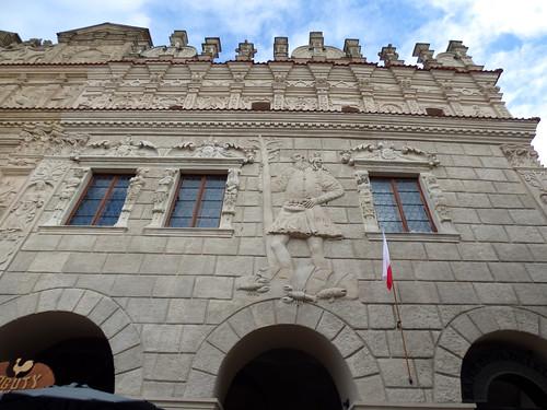 Kazimierz-Dolny - market square, facade detail - St Christopher