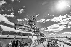 Big Mo (Oliver Leveritt) Tags: nikond610 afsnikkor1635mmf4gedvr oliverleverittphotography wideangle cemetery blackandwhite monochrome fordisland pearlharbor oahu hawaii battleship ussmissouri bigmo