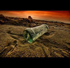 Message in a Bottle (EddyB) Tags: espaa bottle spain sand nikon europa europe catalonia arena catalunya catalua tarragona botella espanya messageinabottle deltadelebre eddyb nohdr sigmaaf1020mmf456exdchsm d300s eltrabucador