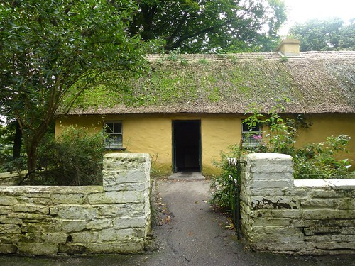 Thatch house in folk park, Bunratty Castle