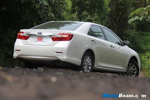 2012-Toyota-Camry-10