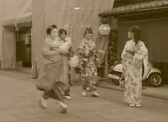 Geisha and Japanese Women in Kimono at Gion, Kyoto, Japan (Bencito the Traveller) Tags: japan kyoto geisha gion japanesewomeninkimono