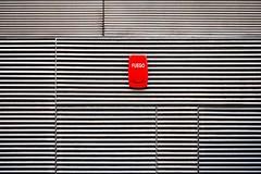 Fuego (Gerard Hermand) Tags: 1210088369 toles ondulées corrugated alarme alarm gerardhermand eos5dmarkii barcelone espagne fire incendie iron metal sheet canon