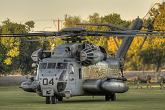 sikorsky ch-53e super stallion (MatthewPHX) Tags: arizona us nikon marine super helicopter corps neo heavy marinecorps tactics hdr stallion weapons yuma instructor squadron sikorsky hammerheads 366 d90 superstallion photomatix usmarinecorps ch53e wti weaponsandtacticsinstructor hmh366 marineheavyhelicoptersquadron366
