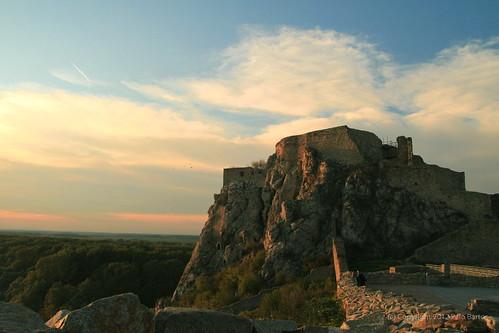 Devin Castle Sunset Lighting, Nocrop