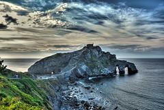 Spagna, Bermeo, la rocca di San Juan de Gaztelugatxe (forastico) Tags: rocca bermeo d60 gaztelugatxe sanjuandegaztelugatxe forastico nikonflickraward luckyorgood