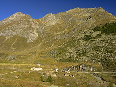 012 - over the village (TFRARUG) Tags: mountain lake alps cross hike aosta ibex avic dondena
