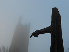 Monumento Matteotti, torre e nebbia a Rovigo (Pivari.com) Tags: torre monumento nebbia rovigo matteotti