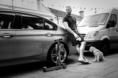 sunday family trip (Christian Ptzsch) Tags: 18mm bw blackwhite blackandwhite break dog fujifilm man marlow monochrome outdoor people street streetphotography unitedkingdom waiting xt10 xf18mmf2r