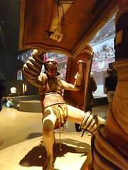 Victory dance? (Birdiebirdbrain) Tags: gladiator gladiators fight romanempire romans moesgaard moesgrdmuseum hadstenhjskole 2016 32 naturfoto
