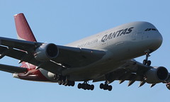 Qantas Airbus A380-800 (AMSfreak17) Tags: amsfreak17 danny de soet canon 70d lhr egll londen london luchthaven heathrow airport vliegtuigen vliegtuig aircraft airplane jet jetphotos planespotting luchtvaart vertrek aankomst departure arrival spotter planes world of airplanes united kingdom england great britean europe dutch southern runway 27l landing qantas airbus a380800 a380 vhoql
