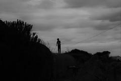 (60anhour) Tags: black blackandwhite noiretblanc bw enfant silhouette child childhood enfance jeune jeunesse mmoires souvenirs tristesse sombre shadow sad sadness france agde capdagde