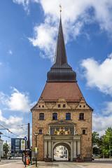Steintor (dietmar-schwanitz) Tags: rostock mecklenburgvorpommern deutschland germany stadttor citygate tor gate architektur architecture bauwerk building nikond750 nikonafsnikkor24120mmf40ged
