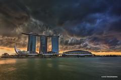 Storm Ahead (spintheday) Tags: singapore singaporeriver marinabaysands marinabay merlion centralbusinessdistrict artsciencemuseum storm cloud rain weather nature