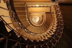 (Elbmaedchen) Tags: staircase treppenhaus stufen stairs roundandround berlin circle gelnder