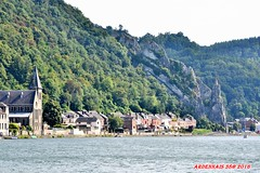 Courses de baignoires  Dinant, Belgique 06 (voyageursdumonde1) Tags: ville fleuve patrimoinearchitectural meuse patrimoineardennais eau belgique2016 dinant sax coursedesbaignoires