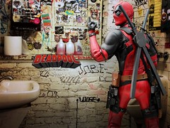 deadpool_008 (siuping1018) Tags: hottoys deadpool marvel photography actionfigures toy canon 5dmarkii 50mm