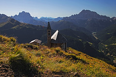 Col_di_Lana01 (Vid Pogacnik) Tags: dolomiti dolomites coldilana chapel panorama worldwari montepelmo civetta mountain outdoor landscape mountainside