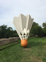 Oldenburg Shuttlecock, Nelson Atkins, Kansas City (genibee) Tags: art museum kansascity nelsonatkins sculpture shuttlecock oldenburg