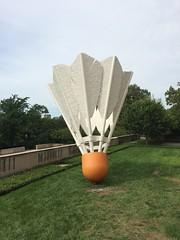 Oldenburg Shuttlecock, Nelson Atkins, Kansas City (genibee) Tags: art museum kansascity nelsonatkins sculpture shuttlecock oldenburg