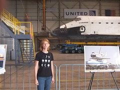 20121011-150452-5844 (Emily Lakdawalla, Planetary Society Blogger) Tags: losangeles shuttle spaceshuttle californiasciencecenter endeavour