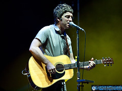Noel Gallagher's High Flying Birds (More Than Good Hooks) Tags: singapore f1 grandprix formulaone formula1 2012 noelgallagher thepadang singaporegrandprix singaporegp noelgallaghershighflyingbirds