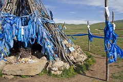 Mongolian blues (bag_lady) Tags: worship rocks asia ceremony mongolia offering custom shamanic nationalgeographic mountainpass shamanism bluescarf ovoo earthasia arkhangaiaimag khadag northernmongolia orokhiindavaa