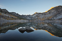 Lake Sabrina (Eastern Sierra) (Shawn S. Park) Tags: california sabrina lake reflection fall canon foliage 5d shawn bishop alpenglow 1635 easternsierra lakesabrina ef1635mmf28lii eos5dmarkii