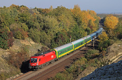2012.10.20 | 1116 016-5 | Szr (Davee91) Tags: colors train canon hungary canyon rails taurus railways bb intercity szr gysev es64u2 hstart