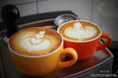 latte art (nodie26) Tags: art cup water coffee hearts leaf cafe heart tea drink espresso latte 咖啡 心 下午茶 拿鐵 葉子 愛心 拉花 義式咖啡