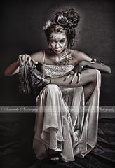 La marie djante {EXPLORER} du 31Oct (samouche) Tags: portrait black girl canon bride crazy woamn explorer makeup folle peut marie 550d terrifiante djante