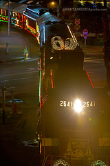 Holiday Lights Train (ezeiza) Tags: california santa ca trees camp santacruz holiday train lights seaside big pacific railway cruz roaringcamp bigtrees roaring railroads 2641 roaringcamprailroads scbg cf7 holidaylightstrain santacruzholidaylightstrain bigtreesandpacificrailway