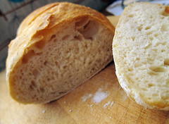 easy to bake crusty white bread (you can count on me) Tags: white bread baking easy flour poppytalk