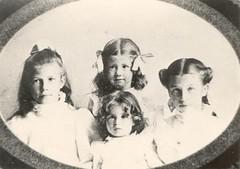 Laura, Flora, Bessie & Lois Nauman