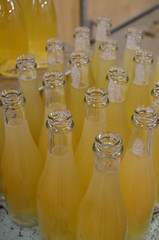 Bottling cider (Jacob Damgaard) Tags: apple wine bottles champagne cider sugar danish apples bottling applewine danishcider