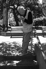 reading the newspaper, Portsmouth Square (vhines200) Tags: sanfrancisco chinatown portsmouthsquare 2016 readingnewspaper oldman elderly