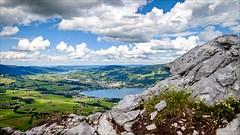 Salzkammergut (Heinrich Plum) Tags: austria sterreich salzkammergut obersterreich fuji xf1024mm heinrichplum plum see lake mondsee drachenwand berge mountains berg wolken clouds hiking irrsee