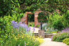 Beningbrough Hall Gardens (robin denton) Tags: flowers gardens landscape nationaltrust beningbroughhall