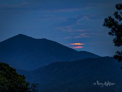 August Moon Rise By Peaks of Otter (Terry Aldhizer) Tags: moon rise full peaks otter blue ridge mountains evening twilight virginia clouds august summer terry aldhizer wwwterryaldhizercom
