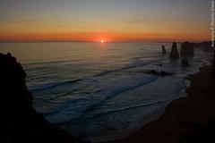The Twelve Apostles. The Great Ocean Road, Australia. (RViana) Tags: australien australie oceania ozeanien ocanie oseania oceanien  grandeestradaocenica granderodoviaocenica pordosol sunset sundown sunshine pacifiocean oceanopacfico beacheslandscapes