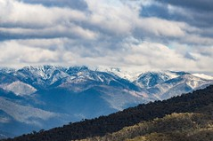 Snow on the alps (AWLancaster) Tags: sony sigma wintersday victoria landscape beautifulsky australianbush mountainrange beautifulnature alps cloudscape snow sigmalens sonyphotography snowcappedmountains