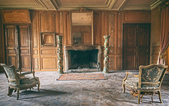 Chateau Royaliste [Explore] (Martyn.Smith.) Tags: urbex abandoned chateau decay dust derelict ornate furniture lavish chateaufachos abandonment abandonedchateau canon eos 700d flickr image photo flickrexplore